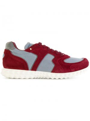 Классические кроссовки Valentino. Цвет: красный