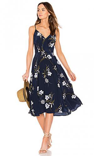 Приталенное расклёшенное платье Yumi Kim. Цвет: синий