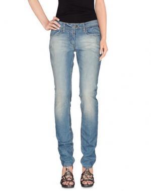 Джинсовые брюки TIMEZONE. Цвет: синий