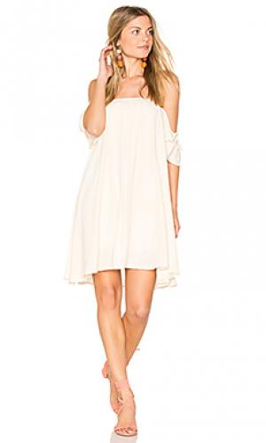 Off shoulder baby doll dress BLQ BASIQ. Цвет: беж