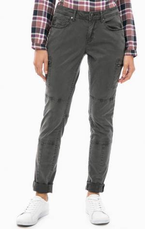 Серые брюки с карманами s.Oliver. Цвет: серый