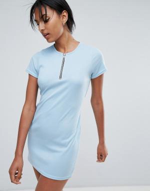 Daisy Street Платье-футболка с поясом и молнией. Цвет: синий