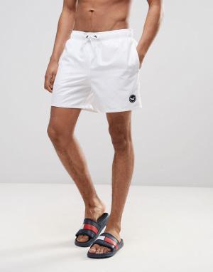 Hollister Однотонные шорты для плавания. Цвет: белый