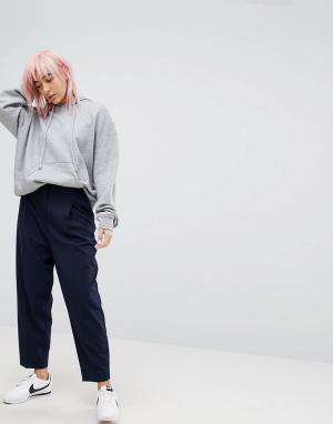 Weekday Суженные брюки. Цвет: темно-синий