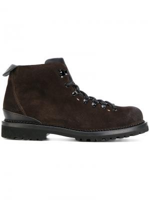 Походные ботинки на шнуровке Buttero. Цвет: коричневый