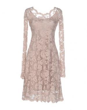 Короткое платье BALENSI. Цвет: светло-розовый