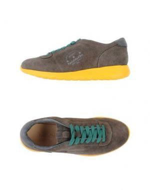 Низкие кеды и кроссовки PANTOFOLA D'ORO. Цвет: зеленый-милитари