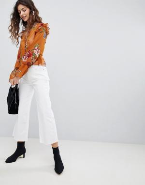 Miss Selfridge Укороченные джинсы с широкими штанинами. Цвет: синий