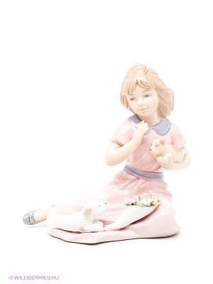 Фигурка Девочка со щенками Pavone. Цвет: розовый