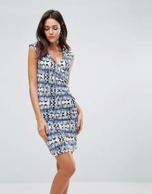 B.Young Платье с принтом и сборками по бокам. Цвет: мульти