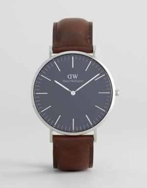 Daniel Wellington Классические часы с кожаным ремешком и серебристым циферблатом диаметр. Цвет: коричневый