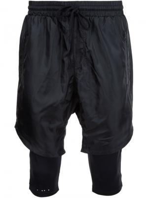 Многослойные спортивные шорты Publish. Цвет: чёрный