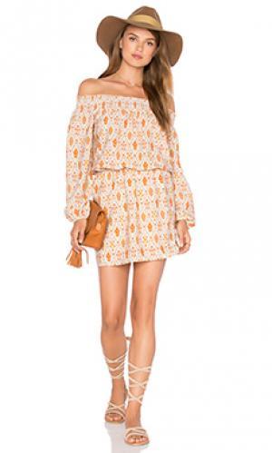 Платье elle Sanctuary. Цвет: оранжевый