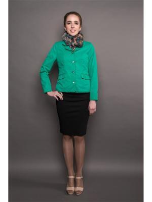 Куртка Соната Versia. Цвет: зеленый