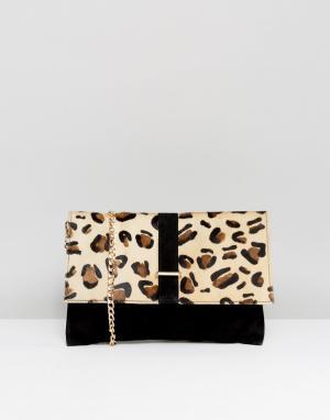 Urbancode Клатч с леопардовым принтом. Цвет: черный