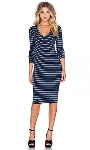 Платье с v-образным вырезом и длинным рукавом Saint Grace. Цвет: синий