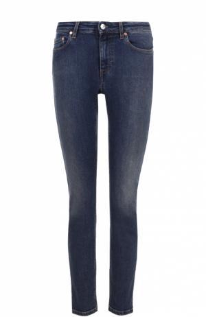 Укороченные джинсы-скинни с потертостями Acne Studios. Цвет: темно-синий