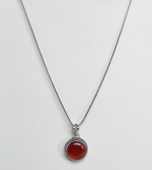 Reclaimed Vintage Ожерелье с круглой подвеской красным камнем Inspir. Цвет: серебряный