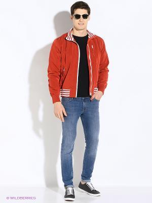 Куртка VON DUTCH. Цвет: красный