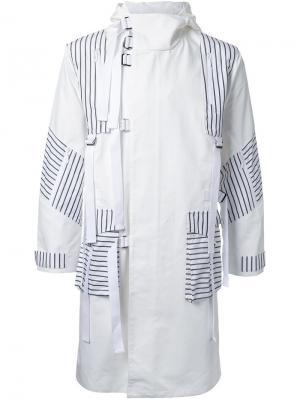 Пальто в полоску Yoshio Kubo. Цвет: белый