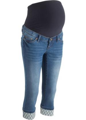 Джинсы-капри для беременных, с клетчатыми отворотами (синий) bonprix. Цвет: синий