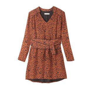 Платье короткое с леопардовым принтом, рукава длинные SEE U SOON. Цвет: рисунок леопард/каштан