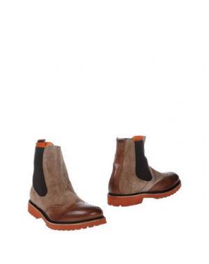 Полусапоги и высокие ботинки GABARDINE. Цвет: коричневый