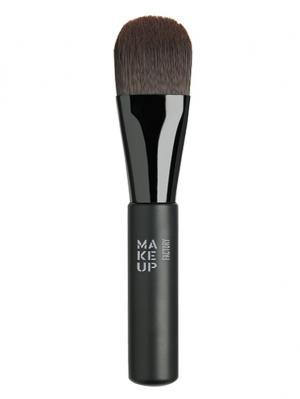 Кисть для тонального крема Foundation Brush Make up factory. Цвет: черный