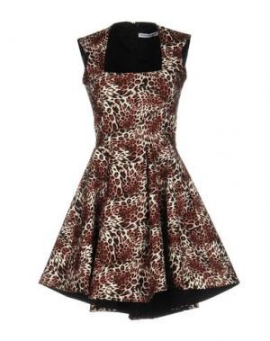 Короткое платье ANGELA MELE MILANO. Цвет: какао