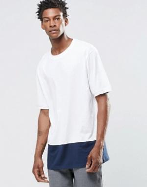 ADPT Oversize-футболка с круглым вырезом и контрастной вставкой. Цвет: белый