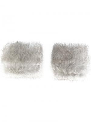 Манжеты из меха норки N.Peal. Цвет: серый