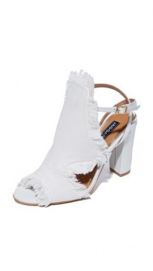 Туфли на каблуках Vertex JAGGAR. Цвет: мел