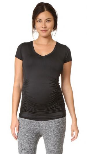 Легкая футболка для беременных с V-образным вырезом Beyond Yoga. Цвет: черный/белый