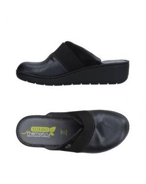 Домашние туфли MISS ROBERTA. Цвет: черный