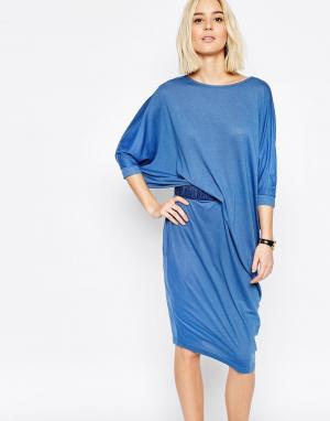 Paisie Трикотажное платье миди с драпировкой на талии. Цвет: синий