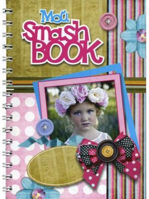 Блокнот Мой Smashbook. Девочка с венком Попурри. Цвет: белый
