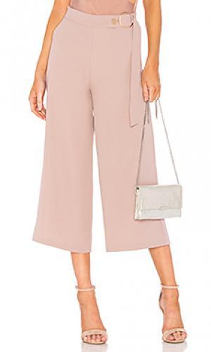 Укороченные брюки ivana ELLIATT. Цвет: румянец
