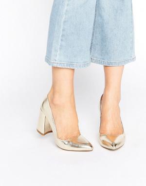 Raid Золотистые туфли на каблуке Savannah. Цвет: золотой