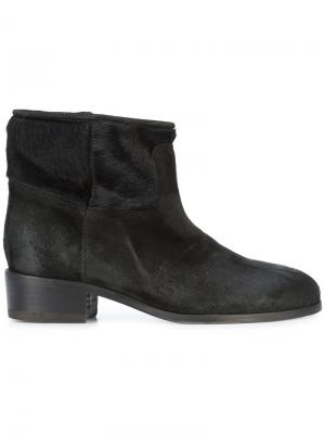 Pony ankle boots Chuckies New York. Цвет: чёрный