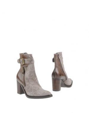 Полусапоги и высокие ботинки DONNA PIÙ. Цвет: серый