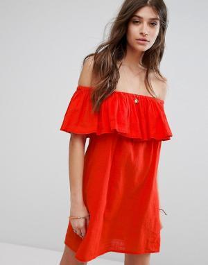 Billabong Пляжное платье с оборкой. Цвет: красный