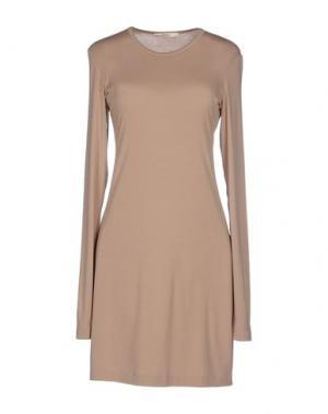 Короткое платье BARBON. Цвет: хаки