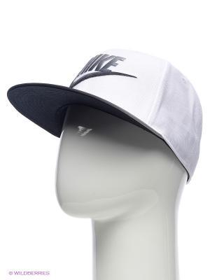 Бейсболка Nike. Цвет: белый, серый