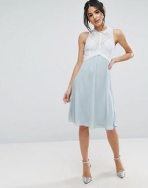 Elise Ryan Платье миди с лифом из кроше. Цвет: синий