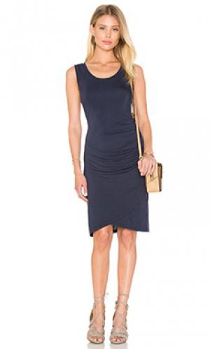 Платье shony Velvet by Graham & Spencer. Цвет: синий