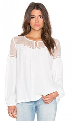 Блуза с кокеткой и сборками IKKS Paris. Цвет: белый