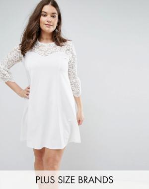 Praslin Короткое приталенное платье с кружевными рукавами. Цвет: кремовый