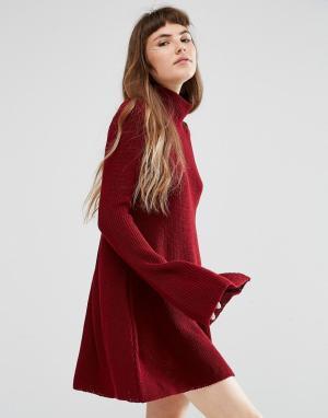 Rokoko Свободное вязаное платье с высокой горловиной. Цвет: красный