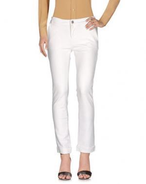 Повседневные брюки CHARAPA. Цвет: белый