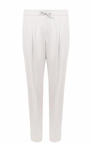 Укороченные брюки с защипами и стрелками Windsor. Цвет: бежевый